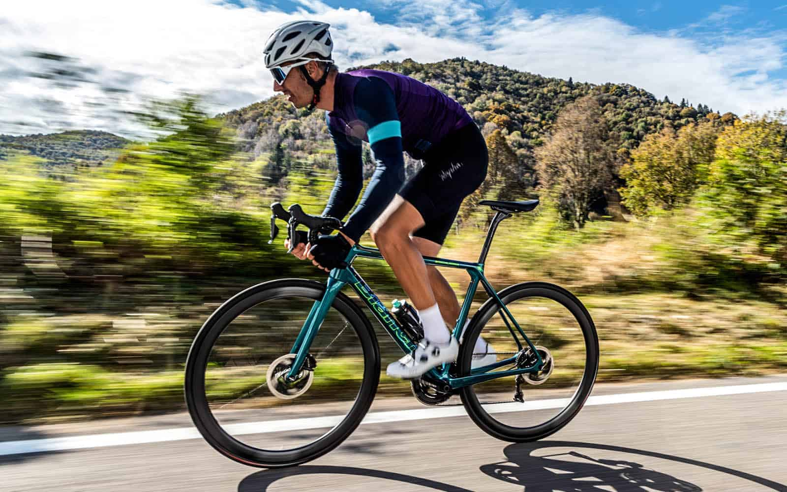 Criterium-Cycles-Action-Shot-of-Bianchi-Specialissima